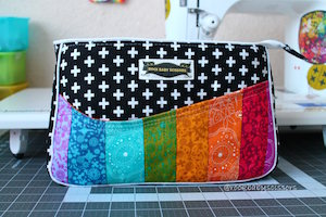 Carry All Flexi Clutch PDF Pattern by Andrie Designs